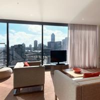 Hilton Melbourne South Wharf Suite