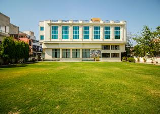Hotel Suruchi