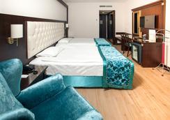 Ege Palas Business Hotel - อิซเมียร์ - ห้องนอน