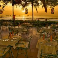 Hotel Tamarindo Diria Beach Resort Outdoor Dining