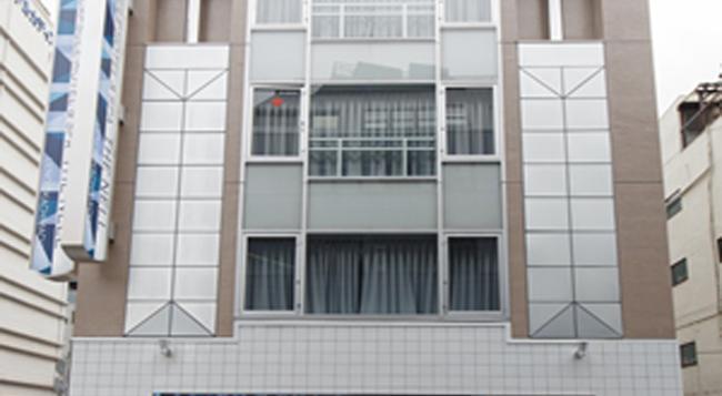 The Nell Ueno Okachimachi - Caters To Men - Tokyo - Building