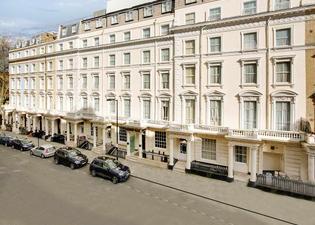 Queens Park Hotel