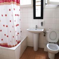 Hostal Balmes Centro Bathroom