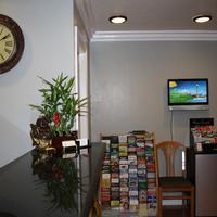 El Castell Motel Front Desk Lobby