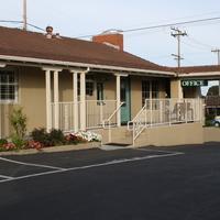 El Castell Motel Hotel Entrance