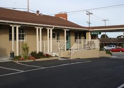 El Castell Motel - มอนเทอเรย์ - อาคาร