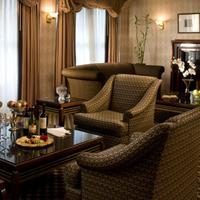 City Suites Hotel Lobby