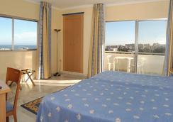 Hotel Roc Costa Park - ทอร์เรโมลินอส - ห้องนอน