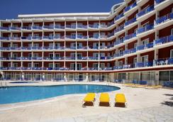 Gran Hotel Don Juan - ลอเร็ต เดอ มาร์ - สระว่ายน้ำ