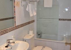 Hostal La Andaluza - ซาน เฟอร์นันโด - ห้องน้ำ