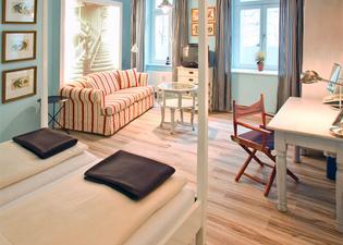 Ackselhaus Blue Home
