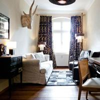 Ackselhaus Blue Home Guestroom