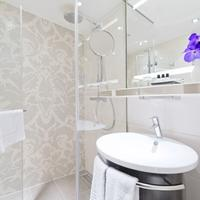 Pullman Munich Bathroom