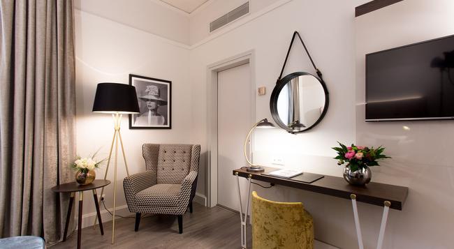 Hotel Cerretani Firenze MGallery by Sofitel - Florence - Bedroom