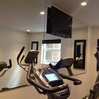 La Suite West-Hyde Park Fitness Facility
