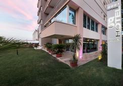 Hotel Ghirlandina - ริมินี - วิวภายนอก