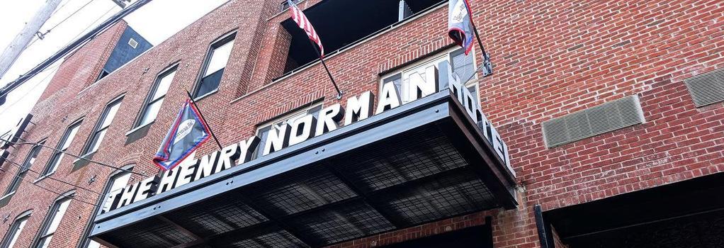 Henry Norman Hotel - Brooklyn - Building