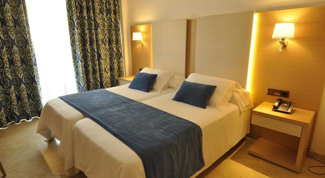 Hotel Ipanema Park - S'Arenal - Bedroom