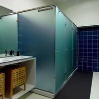 So Cool Hostel Porto Bathrooms