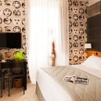 Hotel de Silhouette Guestroom