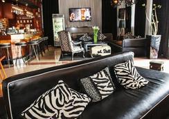 Chesterfield Hotel & Suites - ไมอามีบีช - เลานจ์