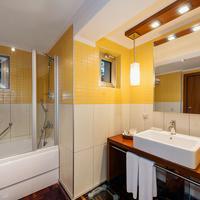 Rixos Sungate Bathroom
