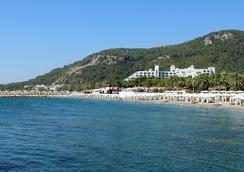 Rixos Sungate - อันตัลยา - ชายหาด