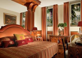 Hotel Raphaël-Relais & Châteaux