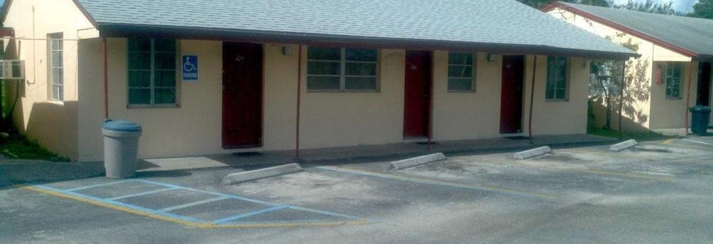Palm City Motel - Fort Myers - Building
