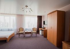 Hotel Polyot Krasnoyarsk - คราสโนยาสก์ - ห้องนอน