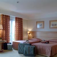 Hotel Real Palacio Guest room