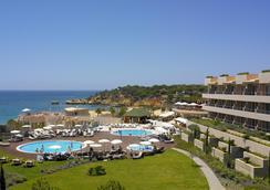 Grande Real Santa Eulalia Resort - อัลบูเฟย์รา - สระว่ายน้ำ