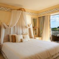Grande Real Santa Eulalia Resort Property Grounds
