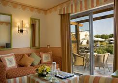 Grande Real Santa Eulalia Resort - อัลบูเฟย์รา - ห้องนอน