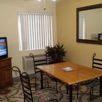 Stay Express Inn & Suites Seaworld/Medical Center Breakfast Area