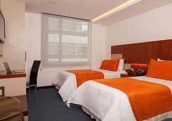 Hotel Finlandia - กีโต - ห้องนอน