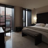 Hotel Rey Alfonso X Guestroom