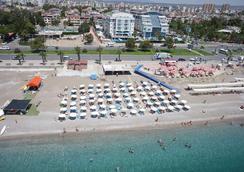 Sealife Family Resort Hotel - อันตัลยา - ชายหาด