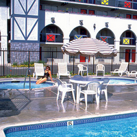 Castle Inn and Suites Pool