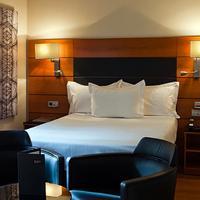 AC Hotel Carlton Madrid Guest room