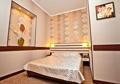Hotel Classic - คาร์คิฟ - ห้องนอน