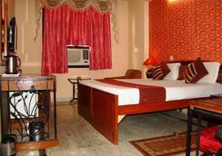 Hotel Indraprastha - นิวเดลี - ห้องนอน