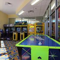 Red Lion Hotel Orlando Kissimmee Maingate Game Room