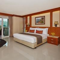 Romantic Resort and Spa Guestroom