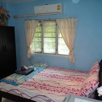 Laila Food and Drink Guesthouse Bedroom