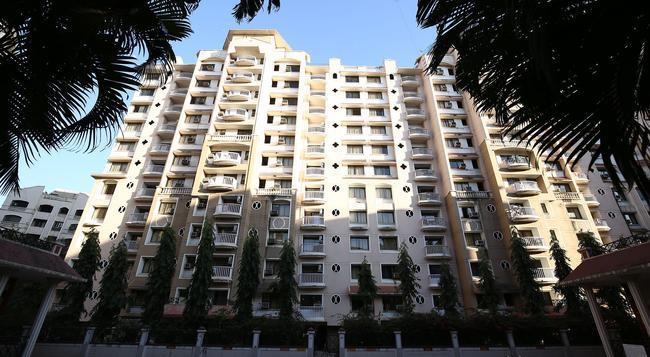 Fabhotel Marol Saki Naka Apartments - Mumbai - Building
