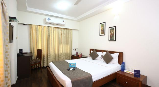 Fabhotel Mumbai Airport Apartments - Mumbai - Bedroom
