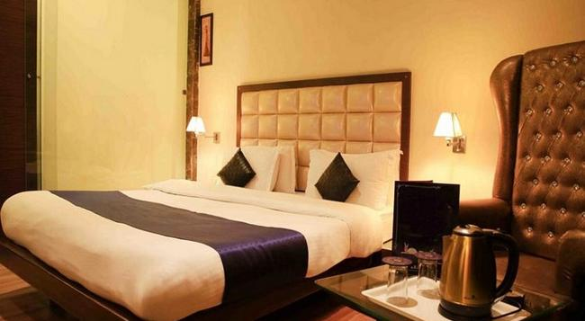 Fabhotel Orbion Mall Road - Amritsar - Bedroom