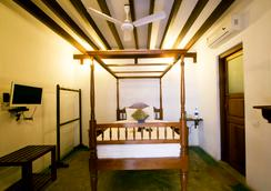 Fabhotel Esparan Pondicherry - ปูดูเชร์รี - ห้องนอน