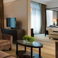 Paris Marriott Opera Ambassador Hotel Guest room